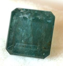 8-ratti-certified-emerald-gemstone