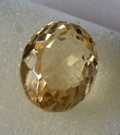 Buy 12.25 Ratti Natural Citrine (Sunela) Stone Online